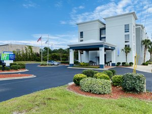 Holiday Inn Express Hotel & Suites Little River