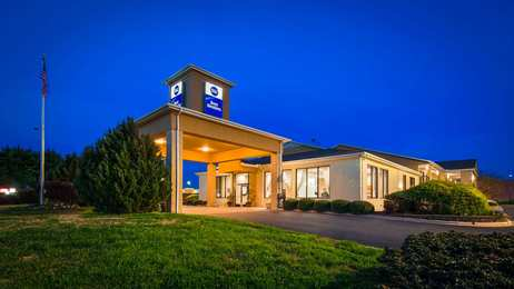 Best Western Inn & Suites Monroe