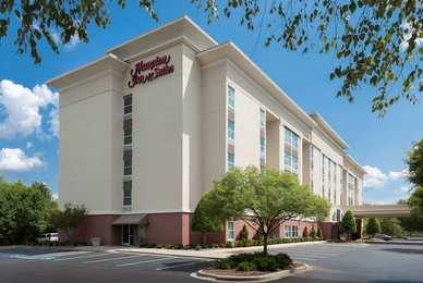 Hampton Inn & Suites Pineville
