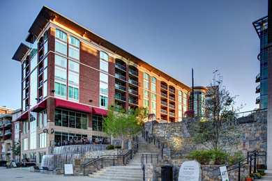 Hampton Inn & Suites Downtown Greenville